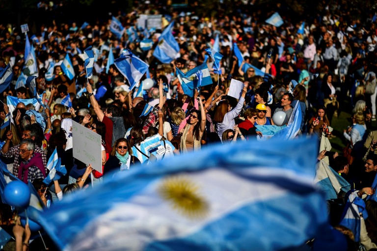 Multitud en un acto presidencial (Getty Images)