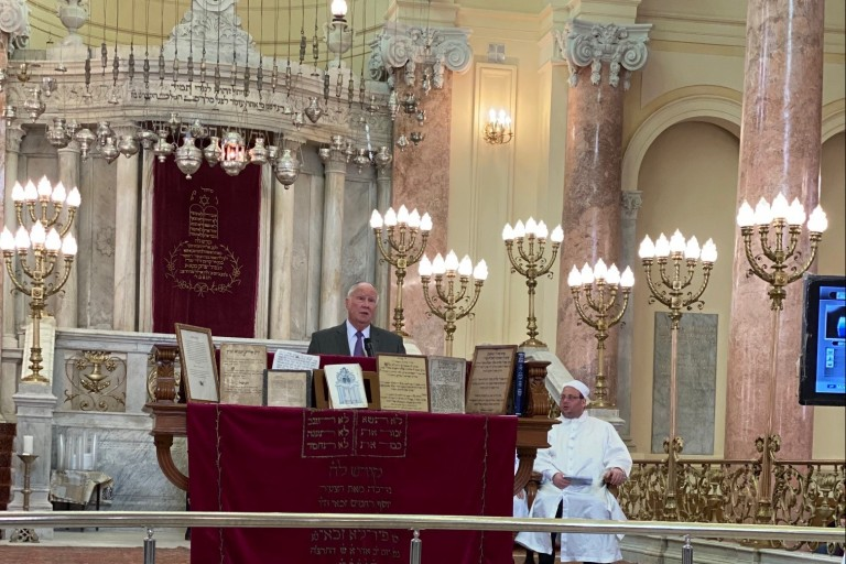 AJC's Andy Baker Addresses Gathering at Egyptian Synagogue