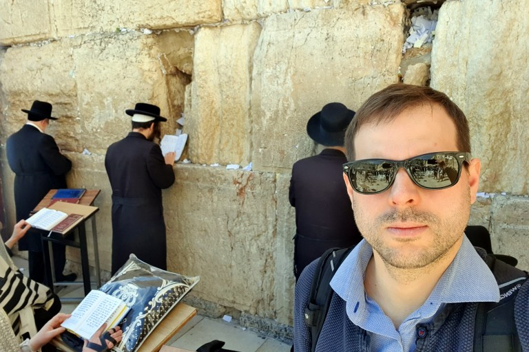 Prominent Latvian journalist Ansis Ivans at the Kotel