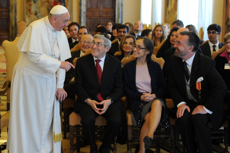 Photo of members of AJC National Leadership Council meeting the Pope