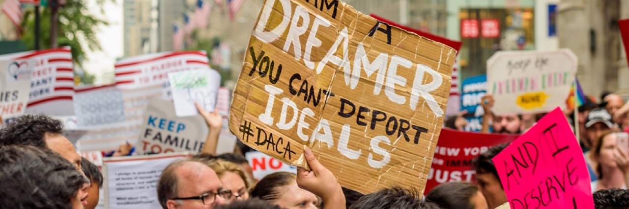 Photo of a march in support of the Dream Act