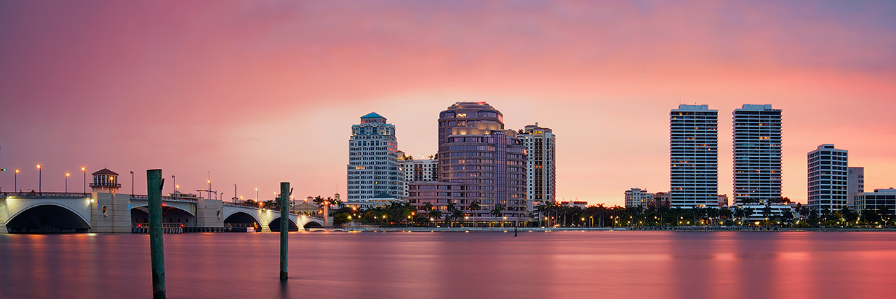 Photo of the Palm Beach skyline at sunset